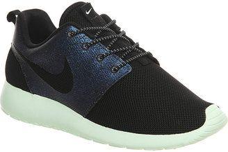 Oso polar Escudero pandilla  ShopStyle | Nike roshe, Nike roshe run, Teal shoes