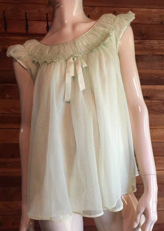 91a3d0e91a4 Vintage Lingerie 1960s TEXSHEEN Green Chiffon Size 34 Babydoll Nightgown
