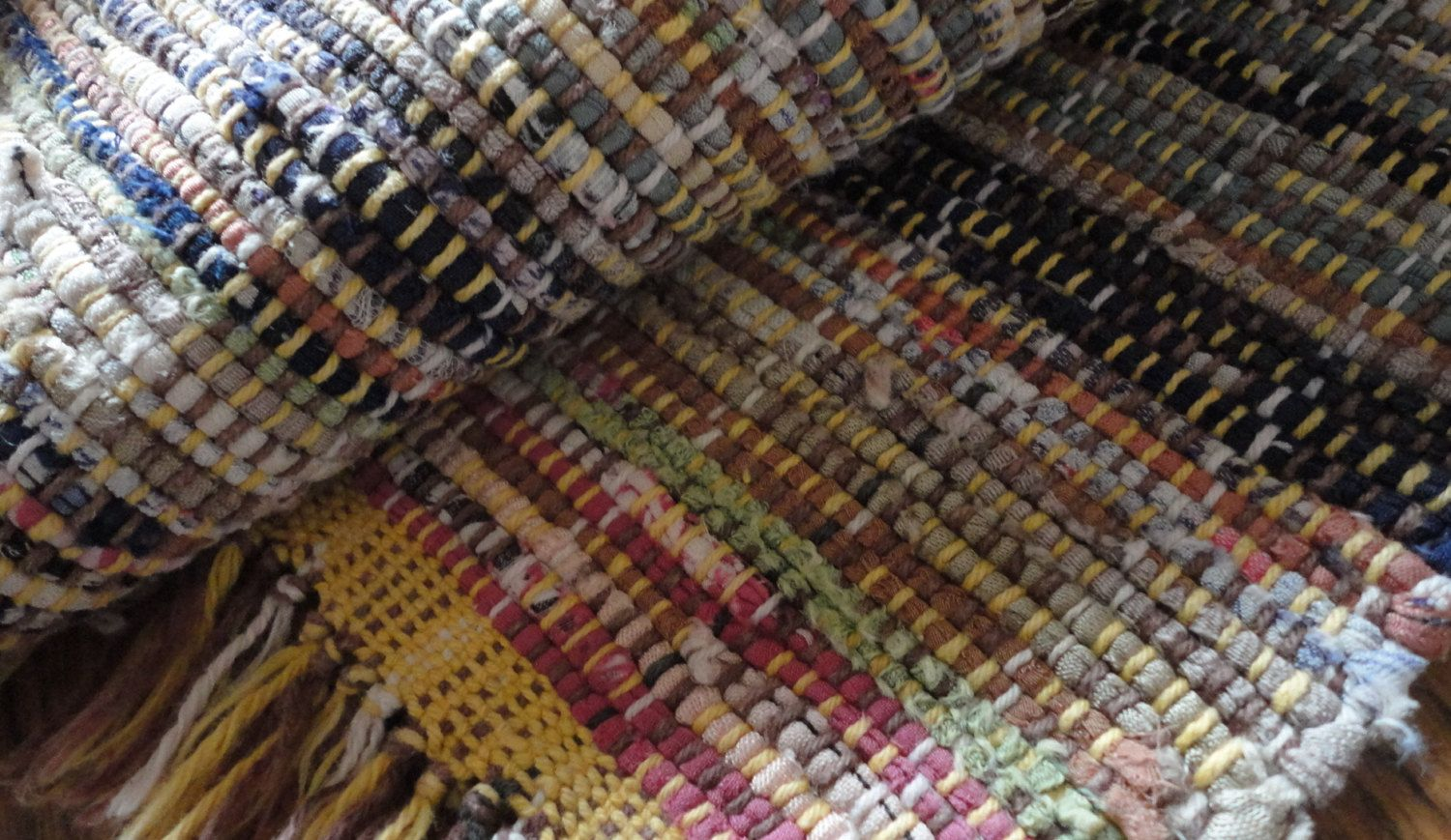 Vintage Hit Miss Hand Woven Rag Rug 25 X 53 Soft Throw Multi Color Loom Country Farmhouse Kitchen Ragrug Bedroom Floor Covering