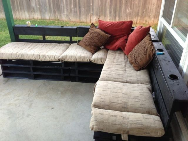 Pallet Patio Couch diy: making your own pallet patio furniture | pallet furniture