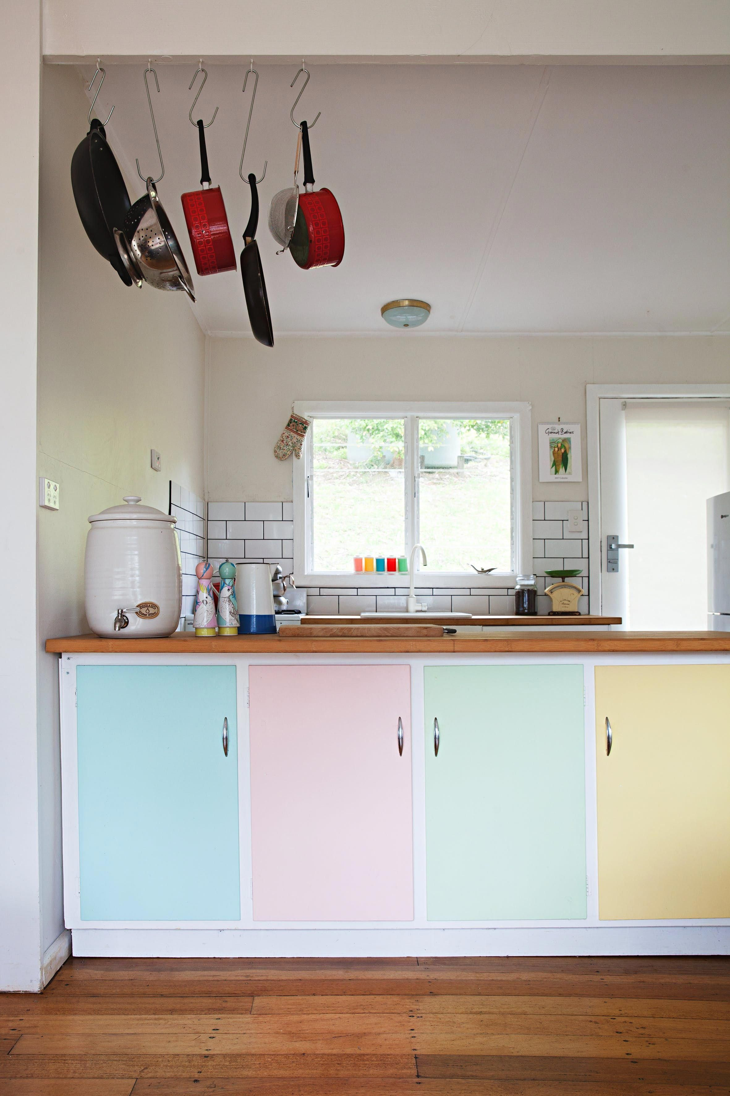 Retro Inspired Kitchen Cupboards Painted With Pastel Colors By Phoebe Modernhomedecorkitchen Retro Beach House Home Decor Kitchen Beach Cottage Decor