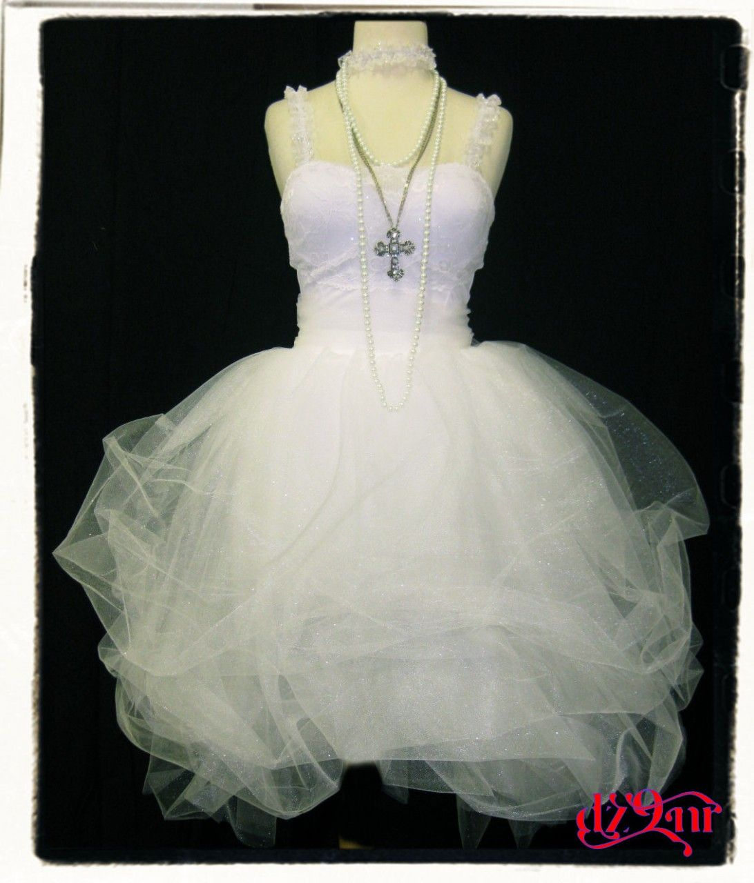 Sexy short wedding gown how cool n fun fall themes pinterest