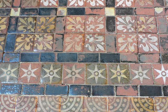 Medieval Floor Tiles In Winchester Cathedral Medieval Tile Floors