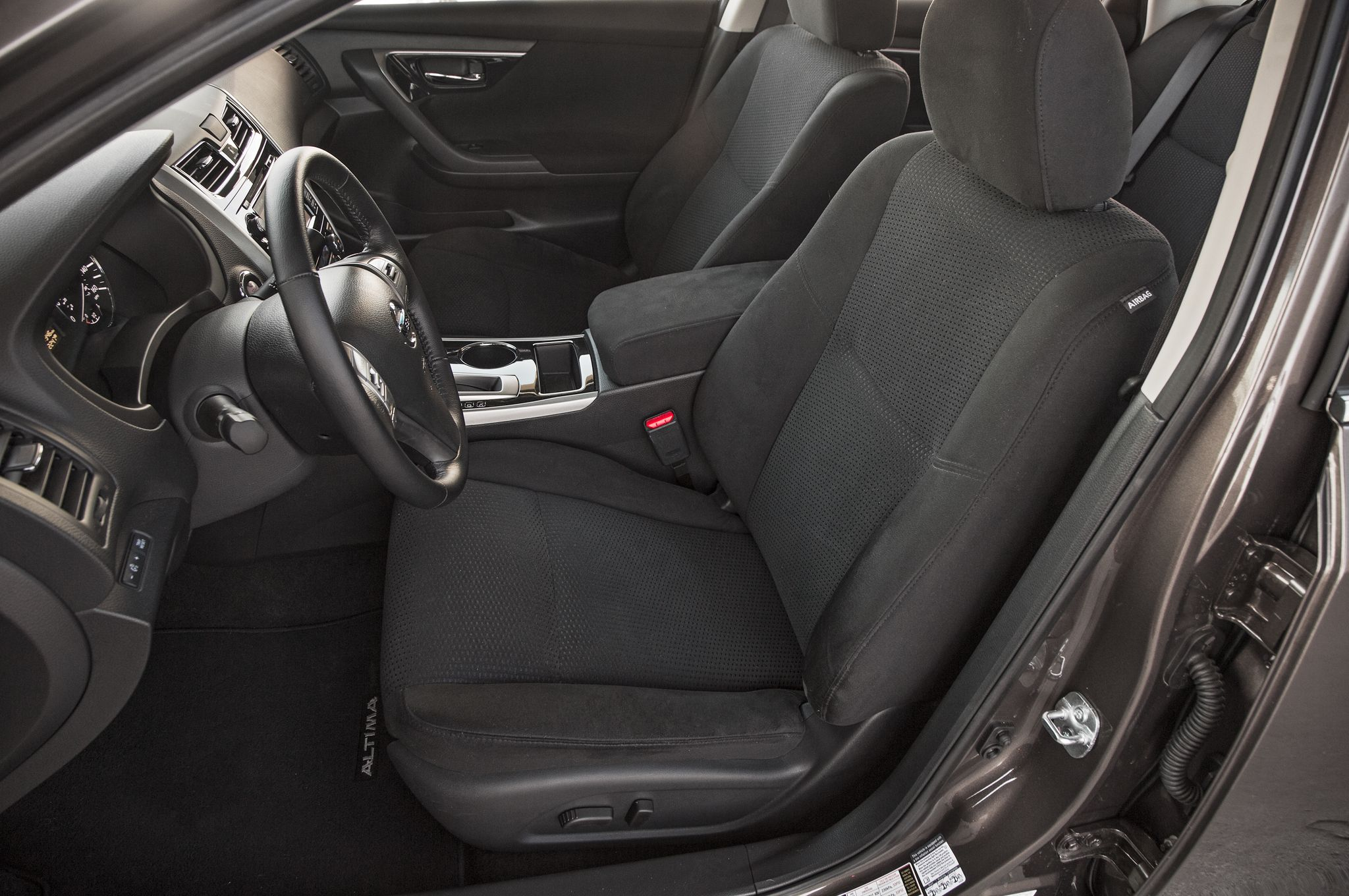 Charcoal Interior! Leather Or Cloth · Nissan AltimaCharcoal