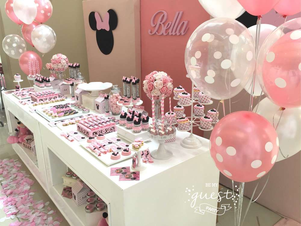 Bellas Minnie Mouse 1st Birthday Party