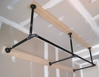 Pull up bar need to make one of these for the garage asap