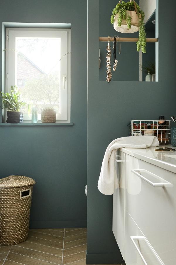 Idée déco : un vert sauge dans la salle de bains !