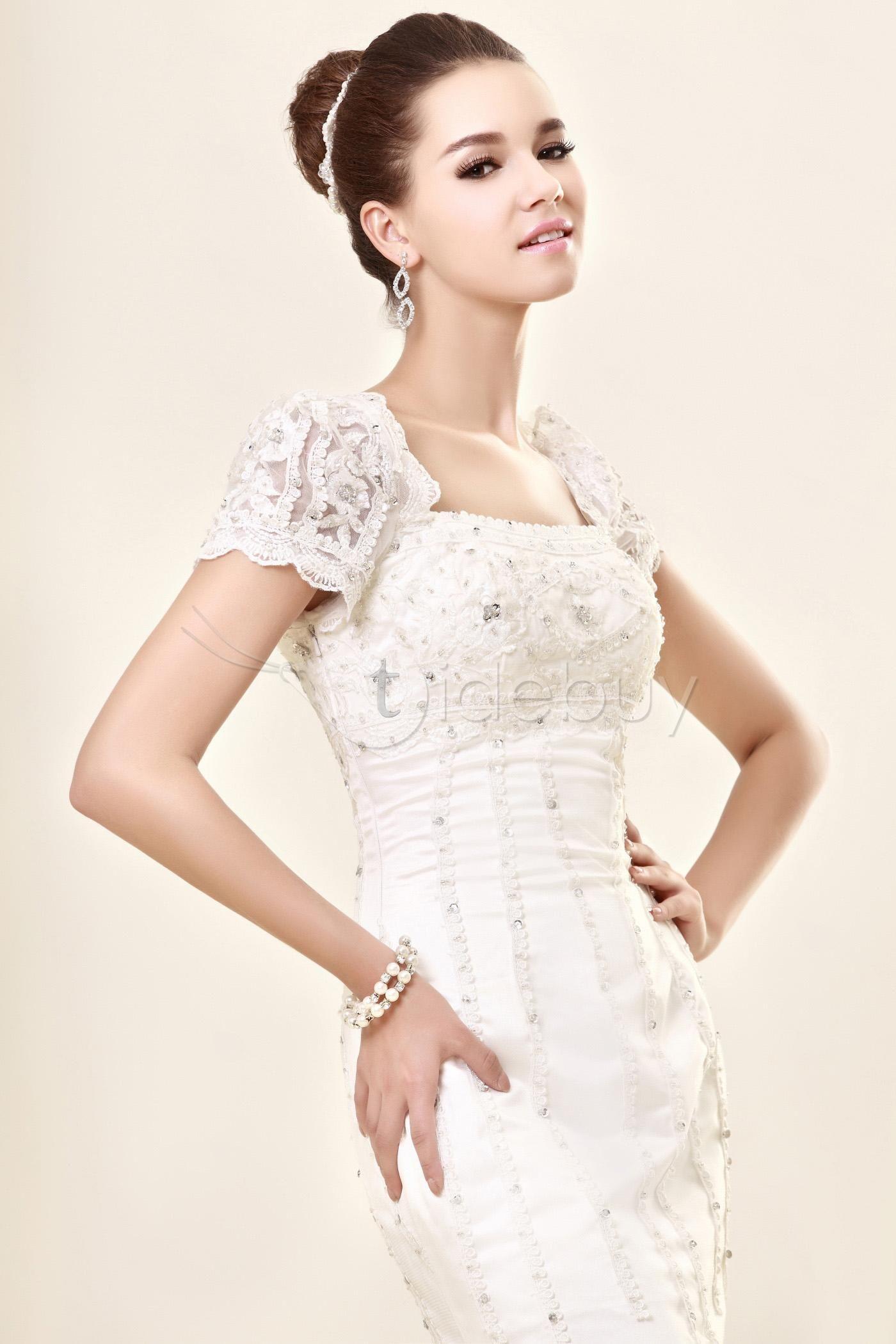 Short sleeve lace wedding dress sheathcolumn square short