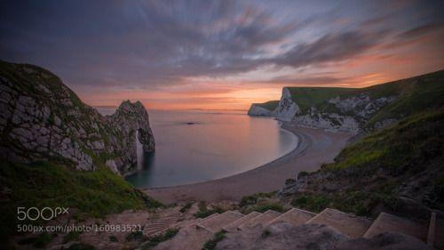 One night in Dorset by StefanieBaars  UK Sun Light Seascape Sea Dorset Longtimeexposure Durdle door Cove Lulworth One night in Dorset Stef