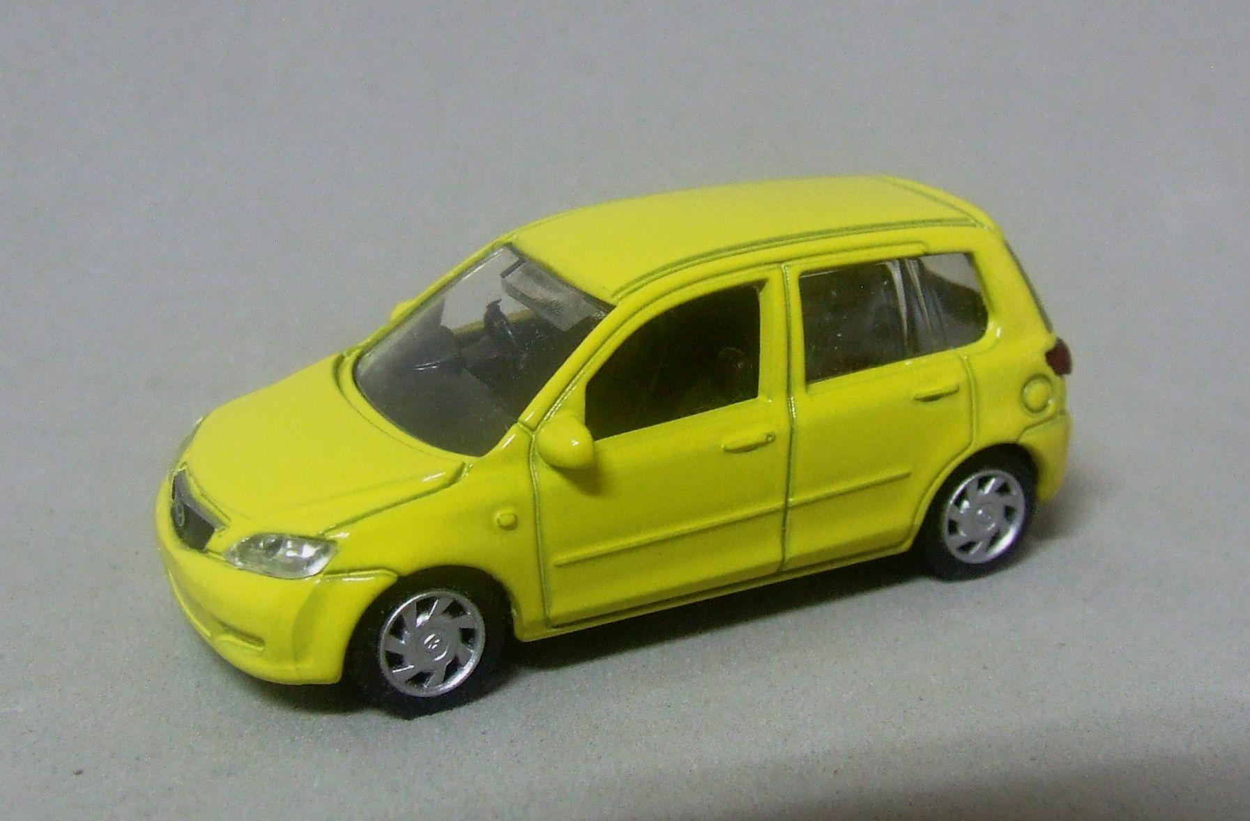 Mazda Demio 1 72 Scale By Epoch In 2020 Mazda Diecast Models Diecast Model Cars