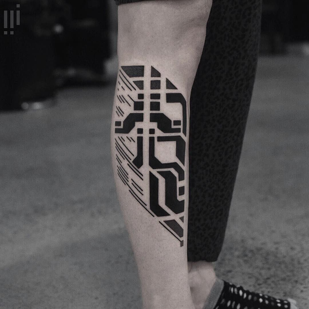 Futuristic Tattoos of Williams Geometric tattoo