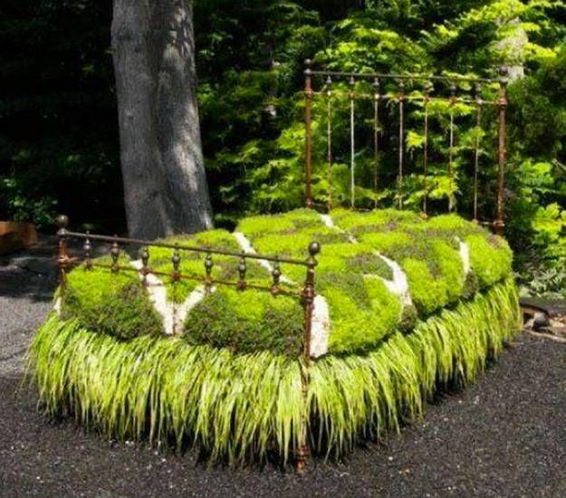 Elegant How To Reuse And Recycle Metal Bed Frames For Flower Beds And Garden Design Nice Look