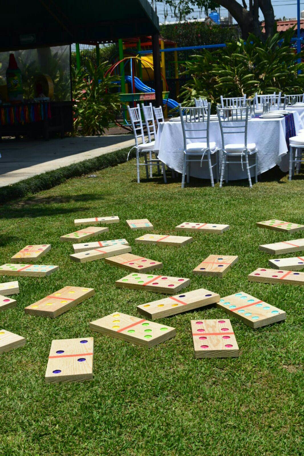 Juegos Decorar Jardines Para Fiestas | Celebralobonito Banderines Y ...