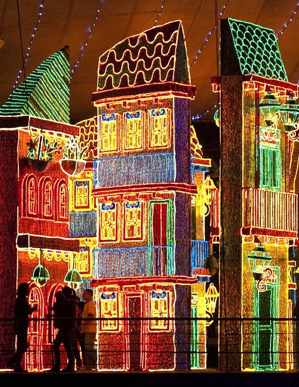 The Most Extravagant Christmas Light Displays South america