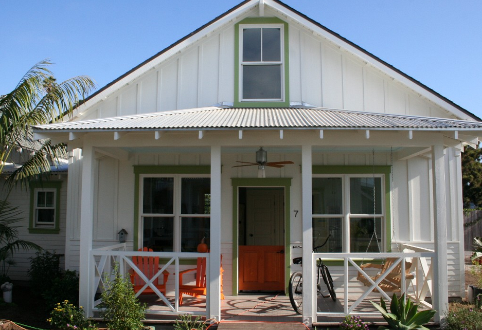 A California Beach Style Home And Some Cottages Too Talk Of The