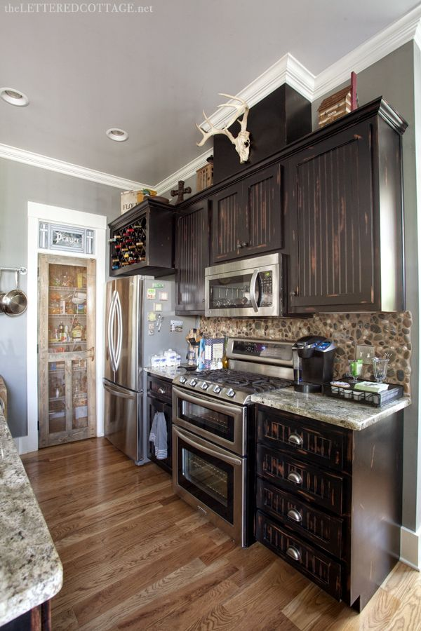 I Like The Rustic, But Modern Look Of This Kitchen, Especially The Screen  Door On The Pantry. The Screen Door Was One Of My Favorite Things In Our  House, ...