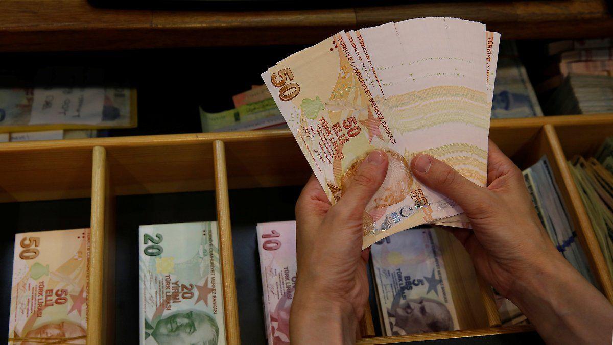 Was Die Turkei Krise Fur Verbraucher In Deutschland Bedeutet Turkei Deutschland Bank