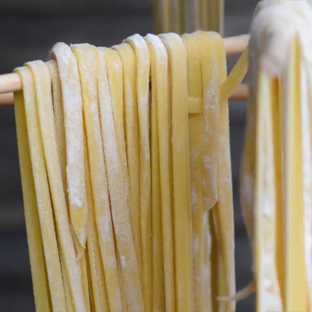 Homemade Pasta is not only fun and easy recipe to make in your own kitchen, but nothing compares to the taste and texture of fresh homemade pasta. #Easy Recipes pizza HOMEMADE PASTA