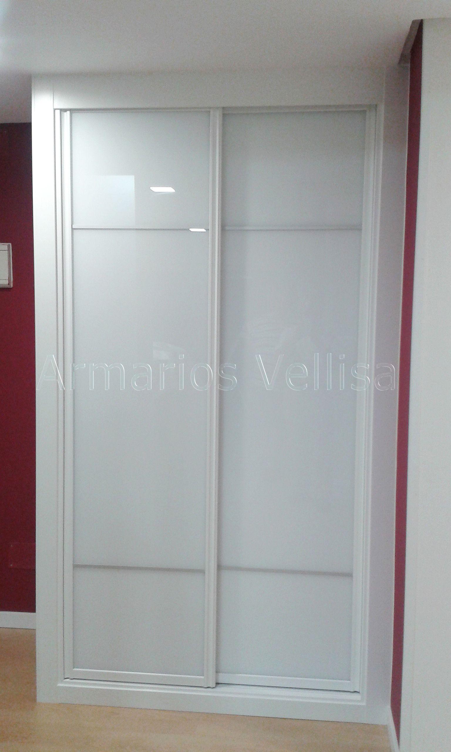 Armario empotrado en entrada vivienda 229 x 130 x 65 2 for Armario de pared con entrada equipada