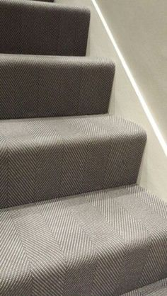 Best Grey Wool Herringbone Flatweave Stair Carpet From Urbane 400 x 300