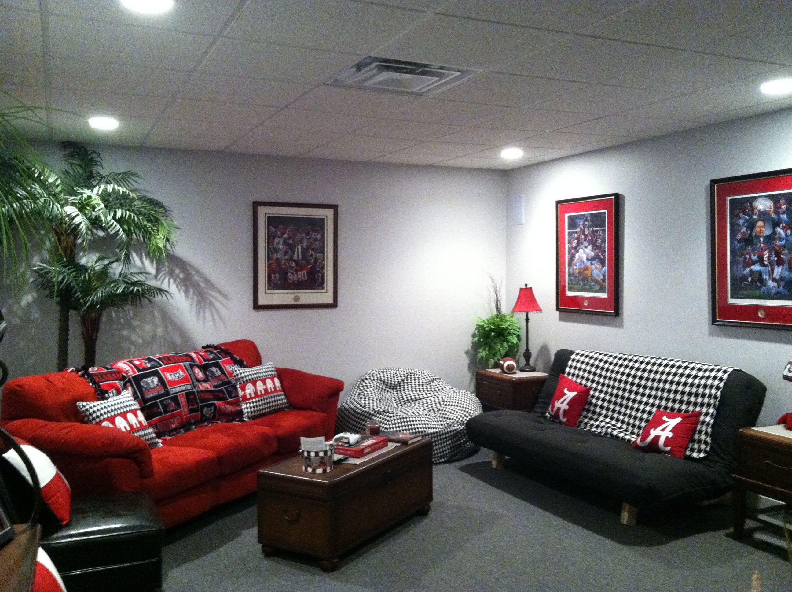 AWESOME Alabama Room! SellWithSusanne.com | ALABAMA | Pinterest