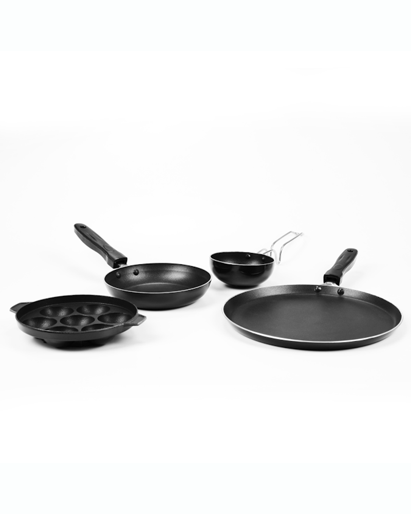 give your #kitchen new look with our designer #cookwearset , #kitchenappliances