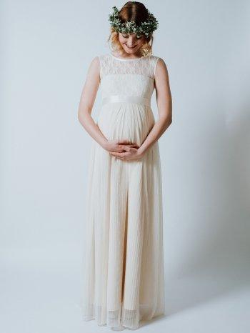 brautkleider für schwangere richtig aussuchen  wichtige infos  tipps  brautkleid schwanger
