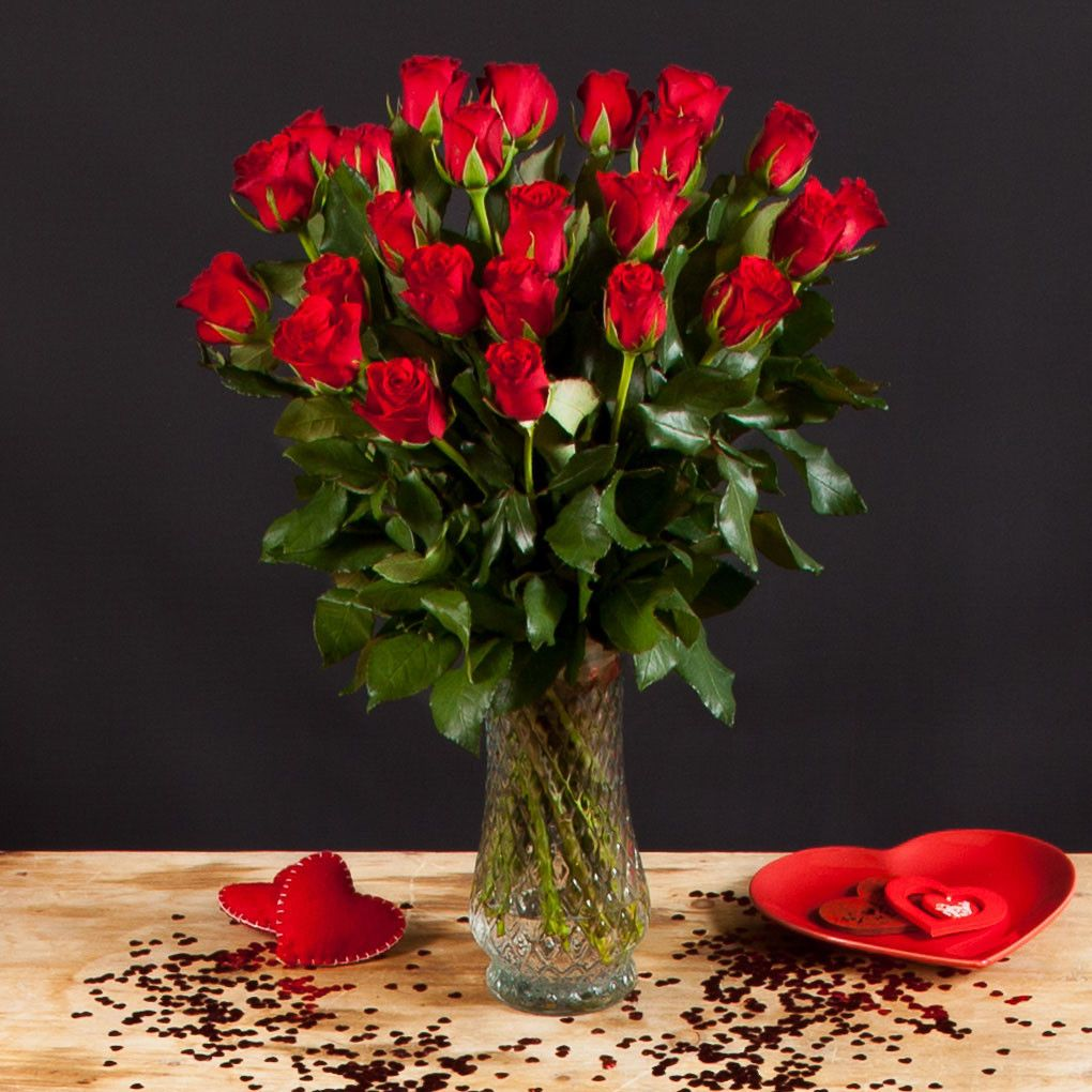 12 red roses 1899 valentines pinterest cheapest flowers cheap flowers valueflora uk next day delivery bouquets order online izmirmasajfo