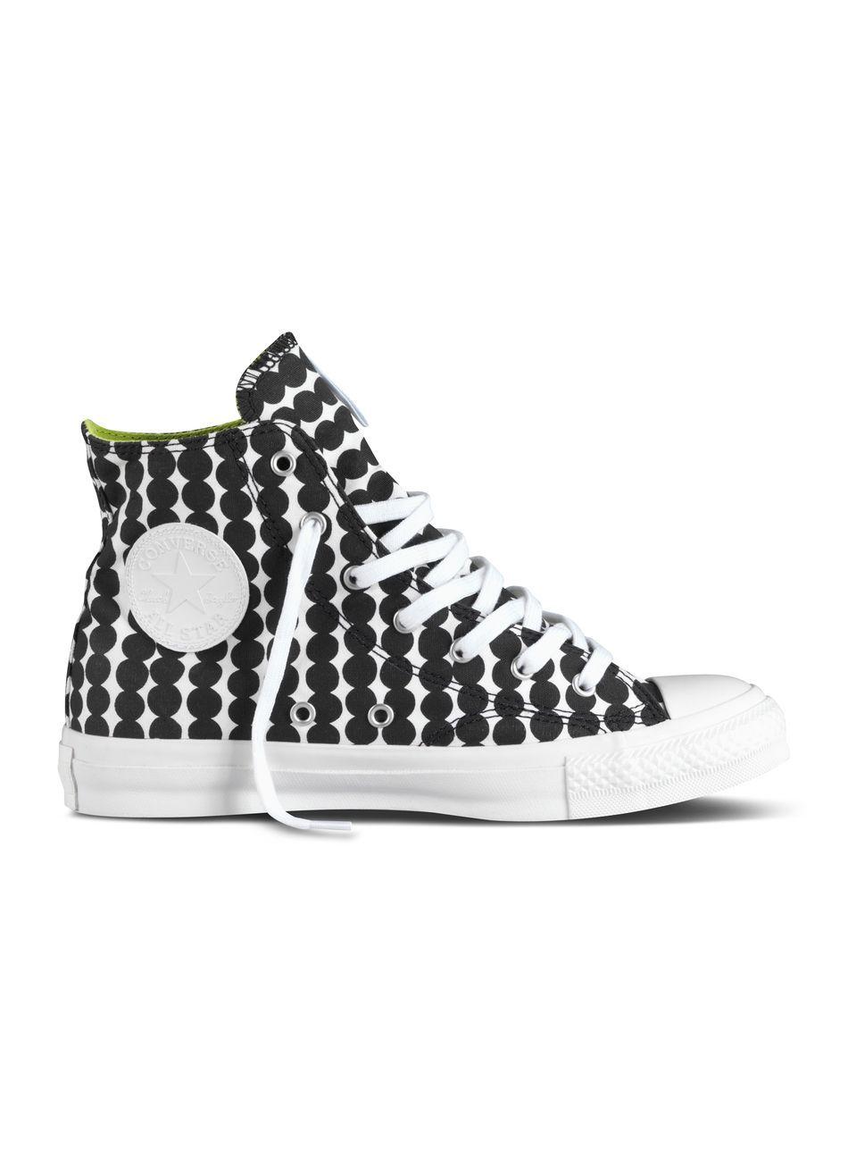 new product b0c9c 94bda Converse X Marimekko -tennarit (valkoinen, musta)   Vaatteet, Naiset, Kengät    Marimekko