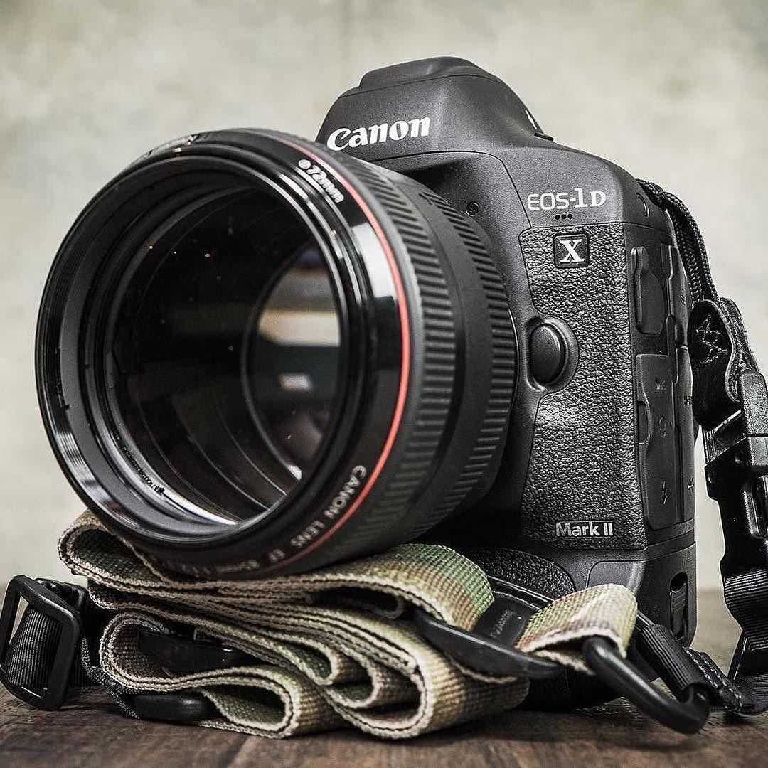 Anybody Else Shoot With The Huge Canon 1dx Canon 1dx Mark Ii 85mm F 1 2l Ii Heavy The Brotograph Digital Camera Photography Canon Camera Digital Camera