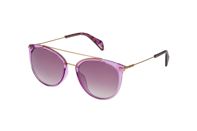 POLICE, die Marke der Firma De Rigo wurde in Italien 1983 als Unisex-Brille auf den Markt gebracht. Ein globales Statement für alle diejenigen, die ungeteilte Aufmerksamkeit suchen. Police Goldeneye 2 SPL405 49BX Sonnenbrille in ciclamino opalino lucido | POLICE-Produkte werden in über 80 Ländern vertrieben,in...