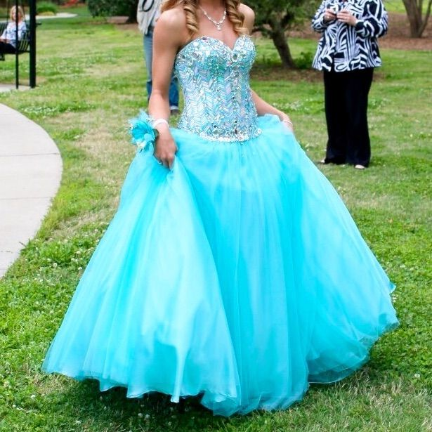 Blue, Beaded Bodice Prom Dress