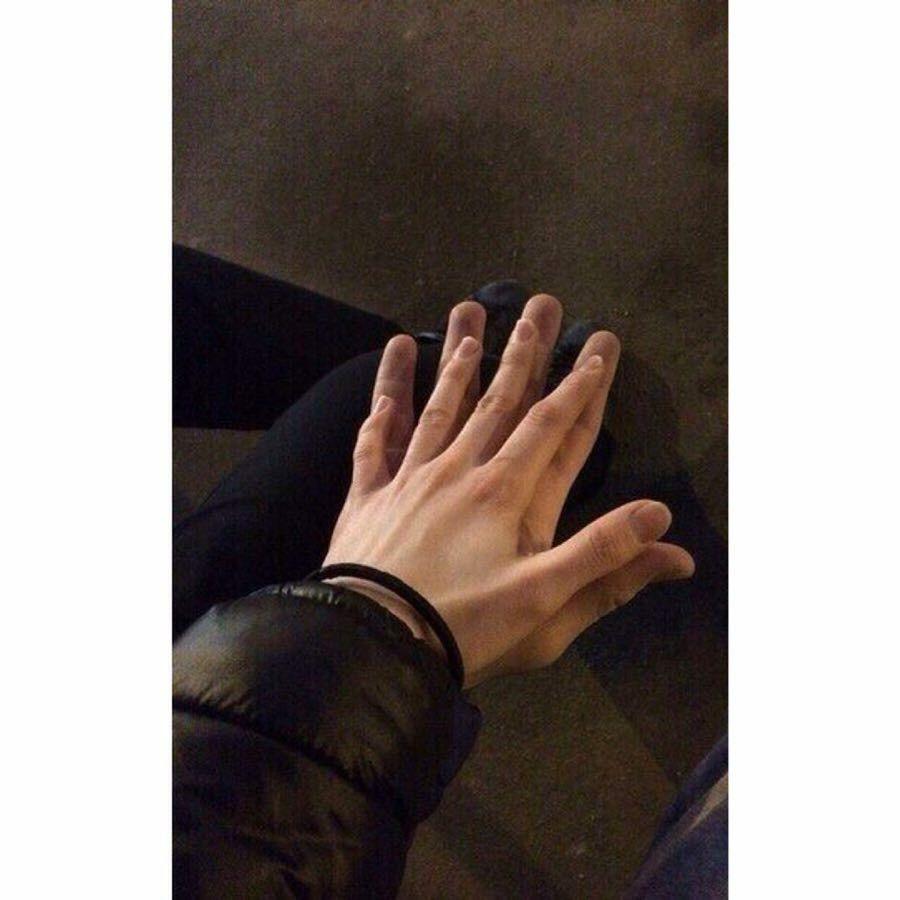 вhαաna🥀   Hintergrundbild s, Hände, Bilder