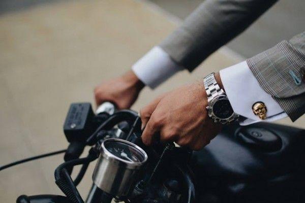 "gentlemanuniverse: "" Classy Rider """