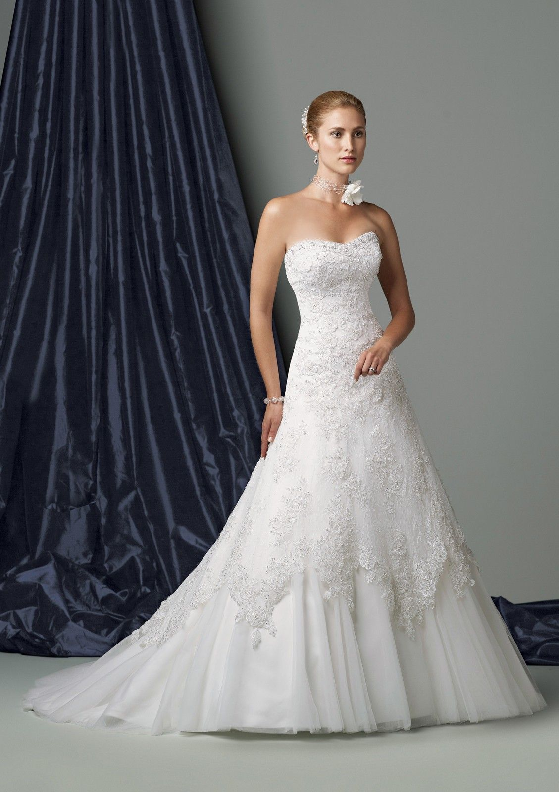 Strapless Wedding Dresses Are The Bride's #1 Dress Choice ...