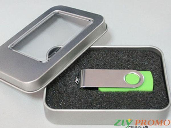 http://zlypromo.fr/Boîte-de-clé-USB/Imprimer-logo-sur-commande-Boîte-de-clé-USB-PG007.html