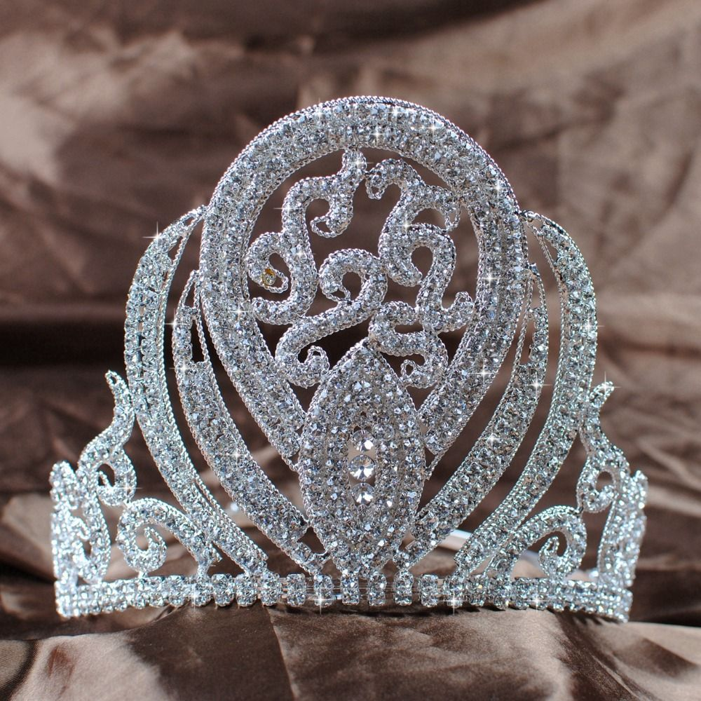 Hairstyles With Crown Queen: Royal Tiaras, Princess