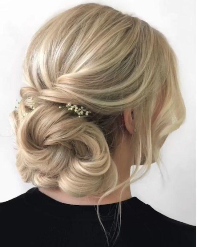 Quick Hair Tutorial - #elegante #Hair #Quick #Tutorial #hairtutorials