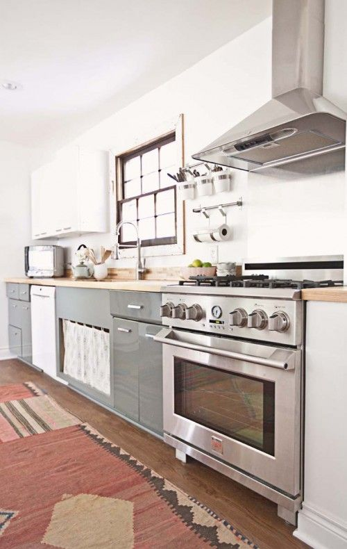 An Eclectic Family Home In Springfield Missouri Classic Kitchen Design Classic Kitchens Kitchen Design