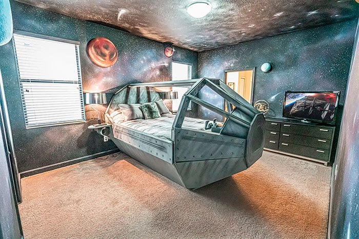 You Now Can Rent The Ultimate Star Wars House Right Beside To