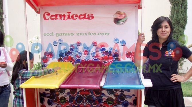 El Puesto De Feria Canicas Es Un Juego Muy Sencillo Y Popular Es