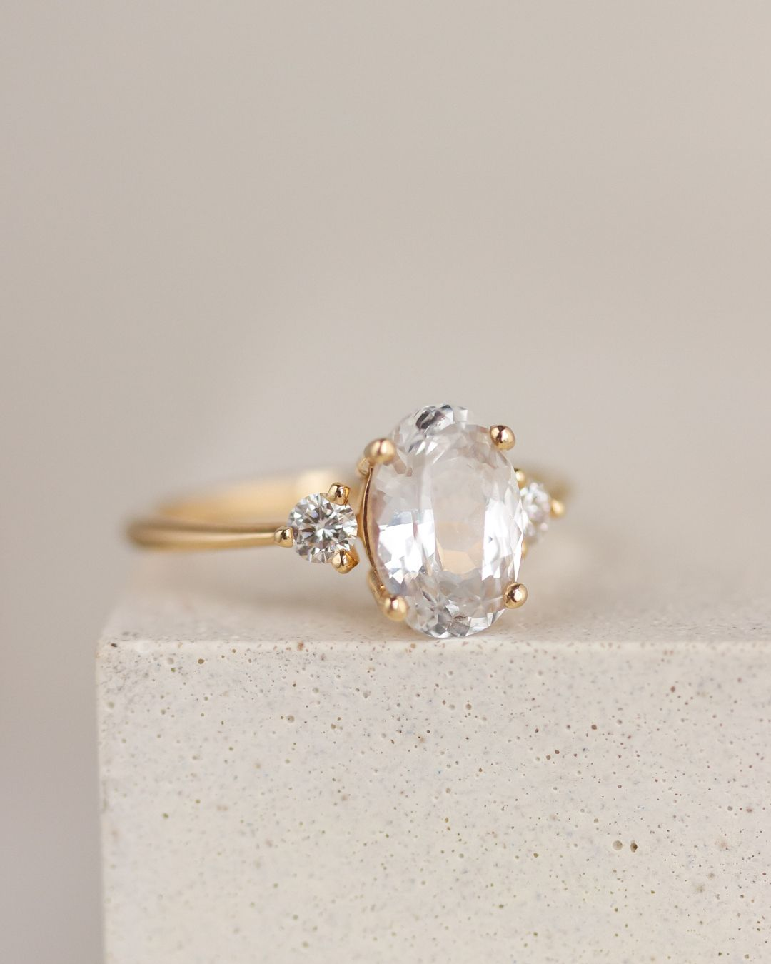 Pin By Manal On Aesthetic In 2020 Future Engagement Rings Modern Engagement Rings Yellow Gold Engagement Rings