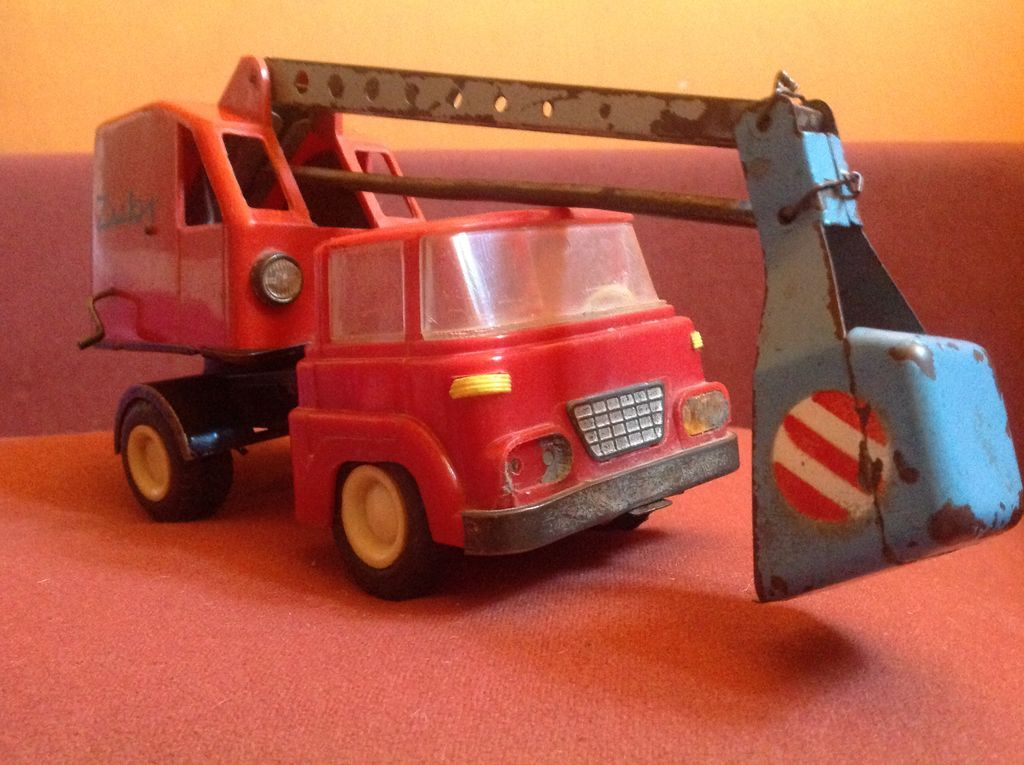 Pamiatki Prl Koparka Zubr 5323458393 Oficjalne Archiwum Allegro Toy Car Wooden Toy Car Wooden Toys