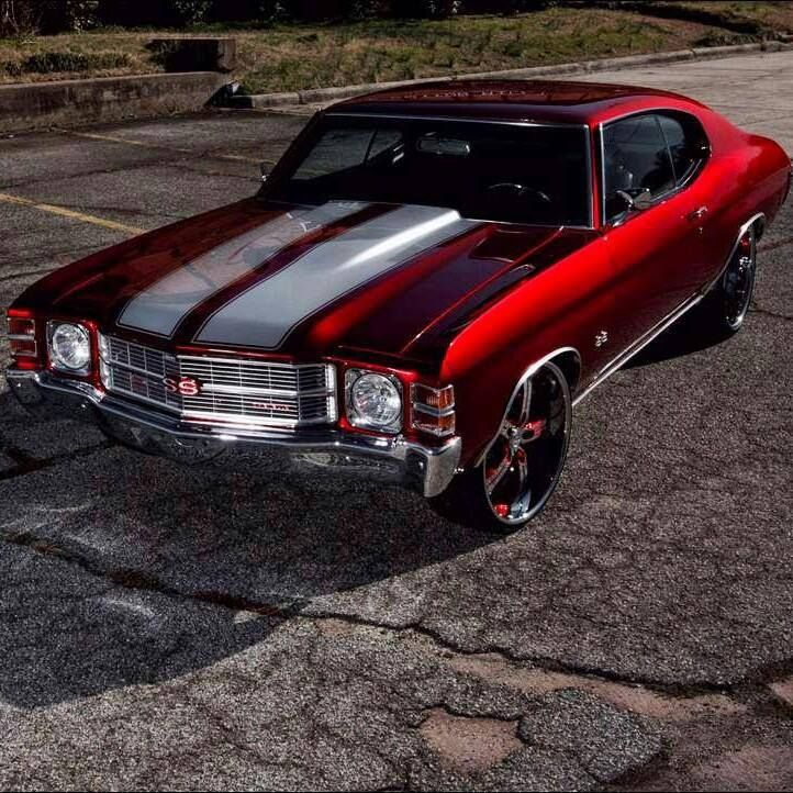 71 Chevelle.... do I ever want another one.. YES... and this color too.