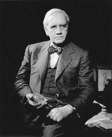 Alexander Fleming With Images Alexander Fleming Historical