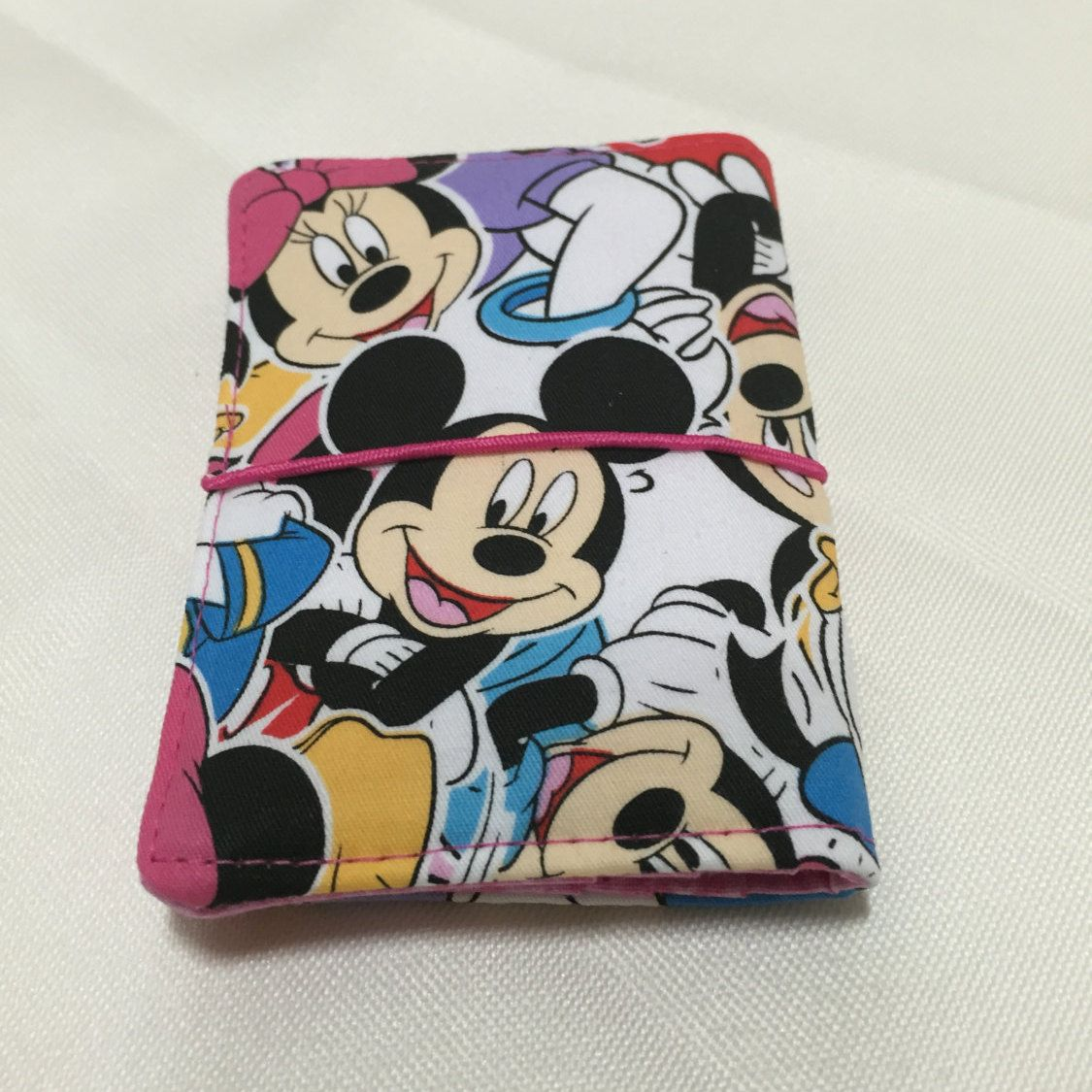 Credit Card Wallet/Holder: Mickey Mouse and Friends Theme | Card ...