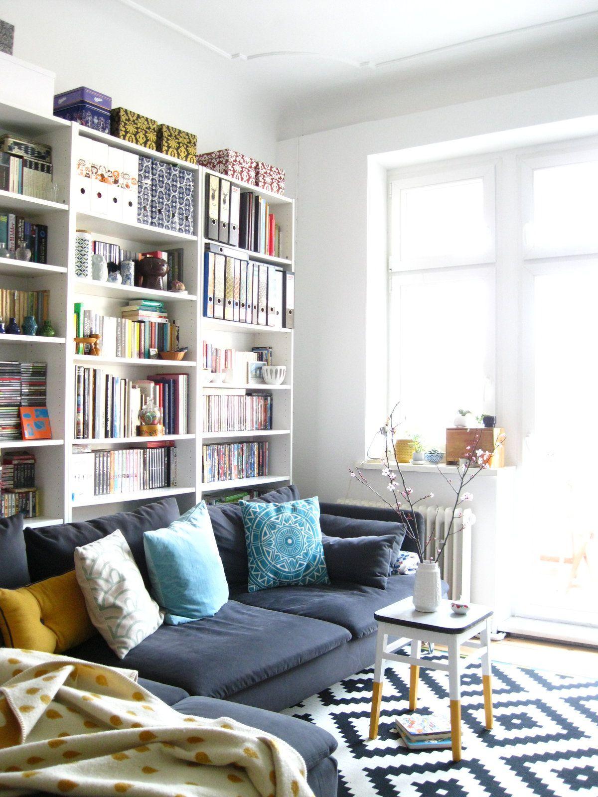 Wohnzimmer Regal Hinter Sofa Indirekte Led Beleuchtung Mit