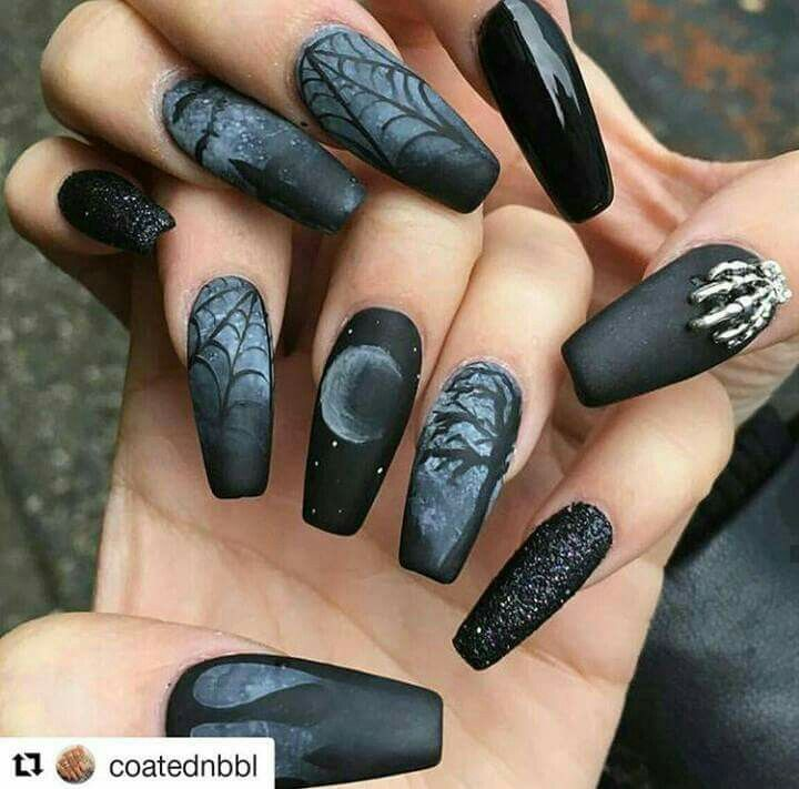Halloween nails | Goth nails, Halloween nails, Gothic nails