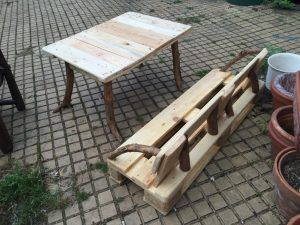 Palettenbank, Tisch für Kinder: Garten Kindersitzgruppe