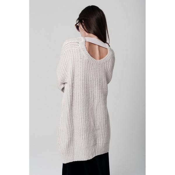 Tall sweater in a chunky knit road neckline with detail of cut-out back and  ribbed trims in an oversized fit - falls generously over the body Color   Pink ... 317348d90